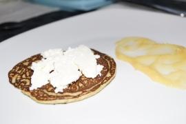 Pancakes de plátano y aguacate